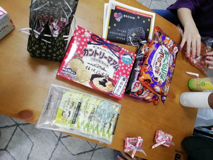 お菓子パーティー